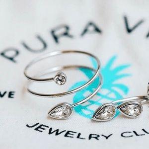 NEW Pura Vida Ring Loops Swarovski Crystals Size 7